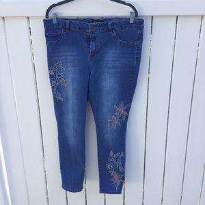Embroidered d. Jeans size 14 Pink & Green Flowers